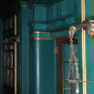 """Bronze"" hand lamp brackets on set"