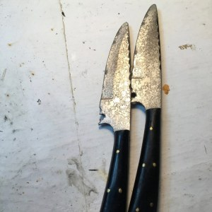 Real knife and safe replica