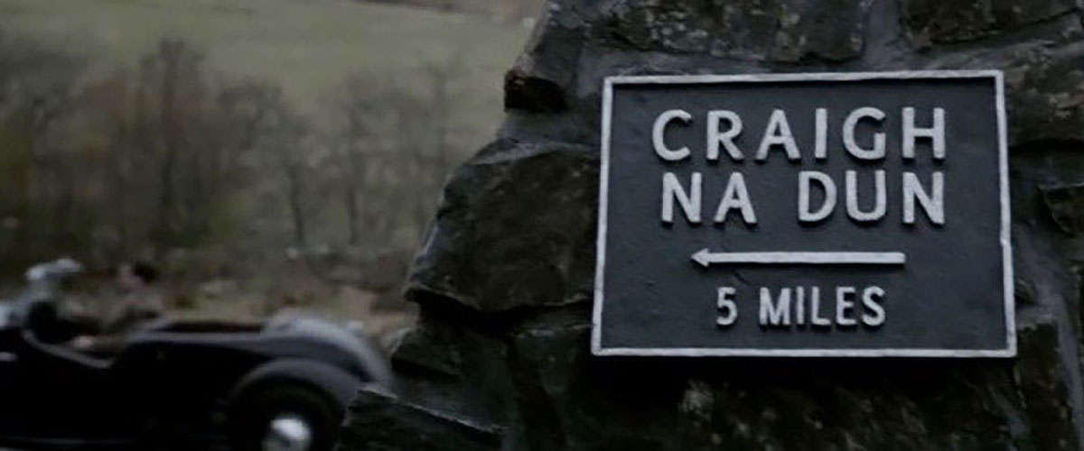 Sign for Craig-na-dun - Outlander